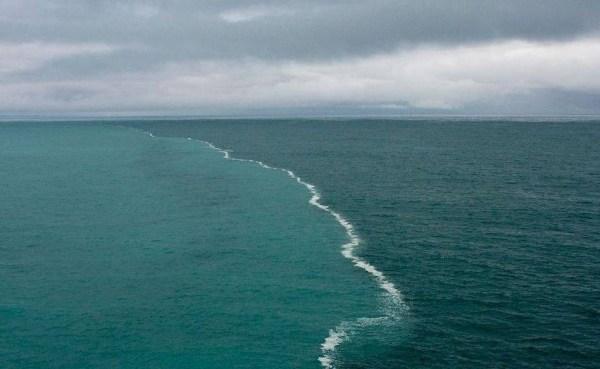 atlanticul si pacificul nu se amestecă