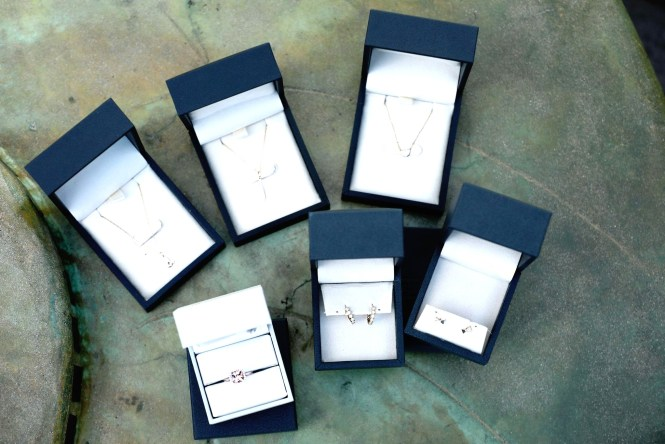 Petite Fashion Blog | To Thine Own Style Be True | Blue Nile | Jewelry Gifting for the Holidays