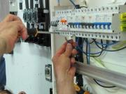 Electricistas Pedreguer realizan reparaciones de instalaciones electricas,cortocircuitos electricos Pedreguer,derivaciones electricas,boletin electrico,aumento de potencia de electricidad,cambio de diferenciales etc.