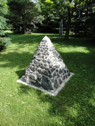 Magnetite Pyramid 2
