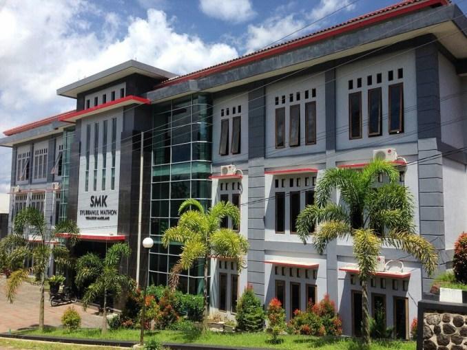 Lowongan Pekerjaan Loker RSU Syubbanul Wathon Tegalrejo Magelang 2018 Semua Jurusan.