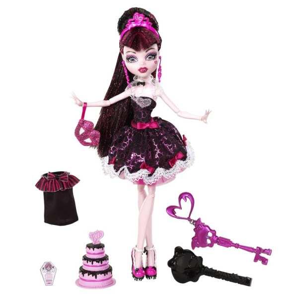Monster High Petrecerea Sweet 1600 Papusa Draculaura