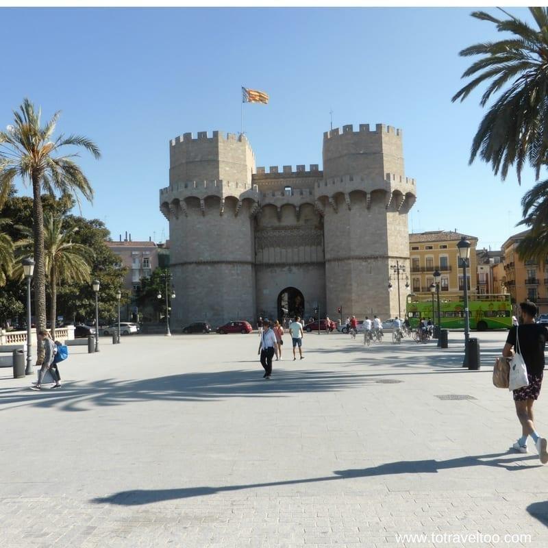 Valencia Emblematic Free Walking Tour