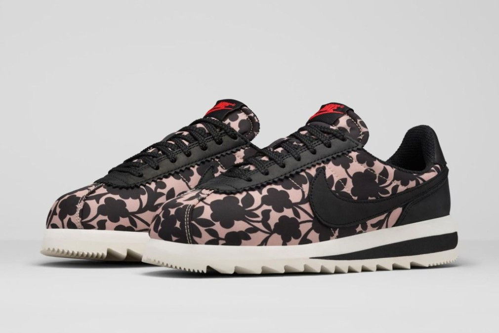 online store 2796d b99cb SNEAKERS Liberty x Nike 2015 - Touch of grand