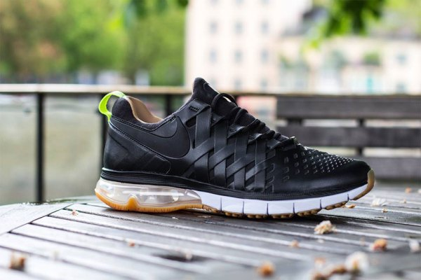 nike-fingertrap-max-premium-pack-1