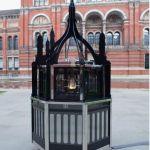 Magic Lantern Small (2010), Mat Collishaw