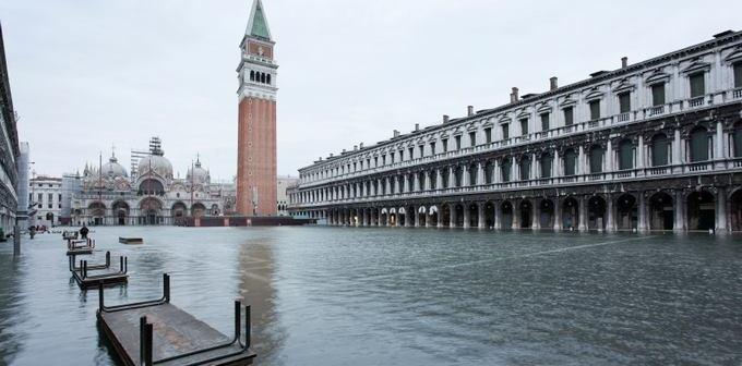 Museus de Veneza reabrem após perigosas marés altas e as piores enchentes em décadas
