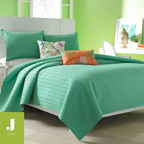 camdyn bright solid color quilted coverlet from j by j queen new york