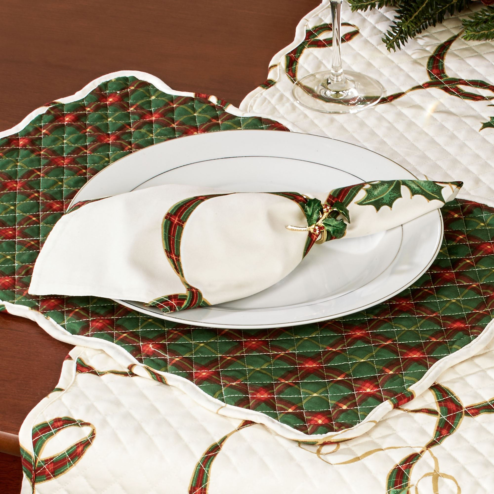 lenox christmas chair covers office discount holiday nouveau quilted table linens placemats light cream set of four