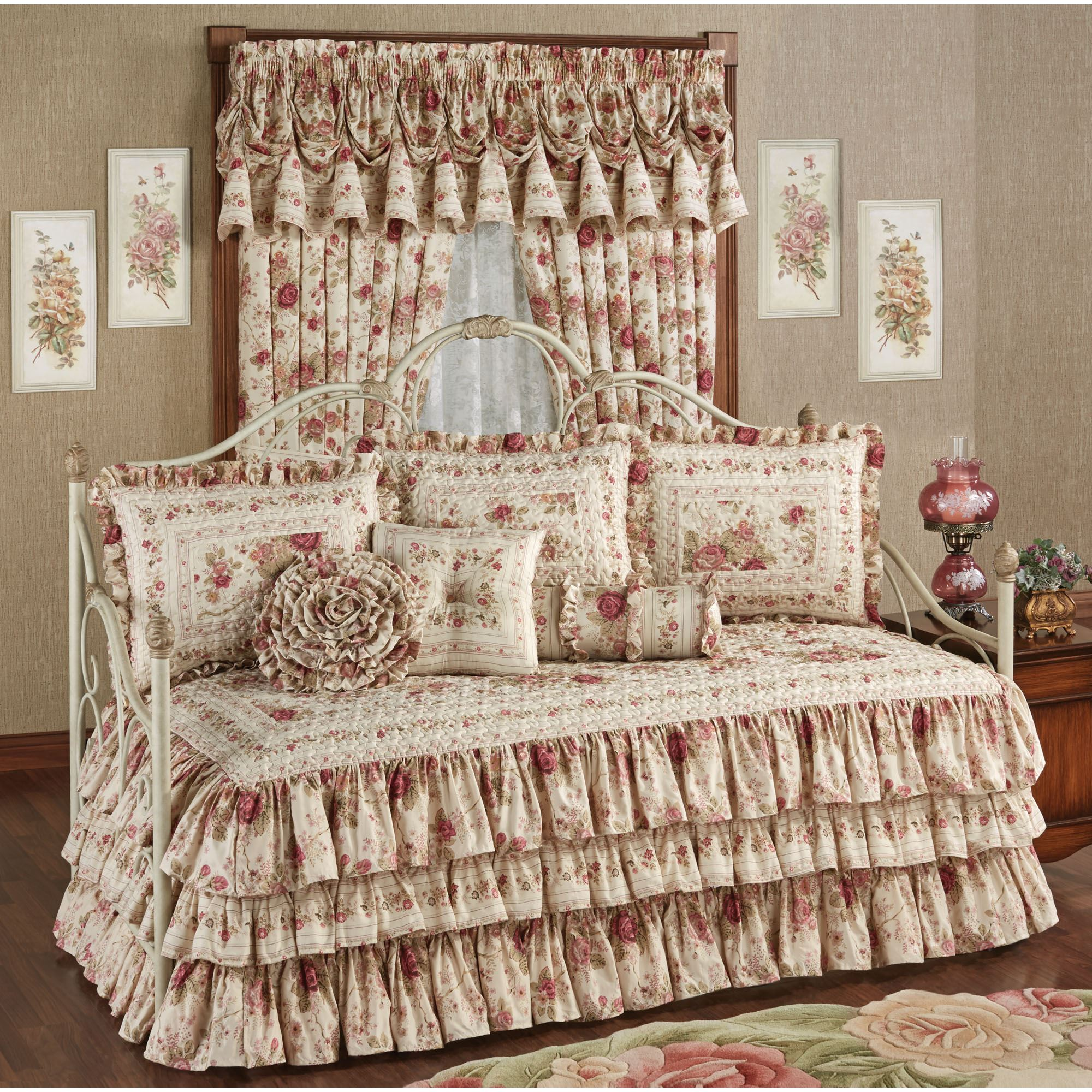 Heirloom Rose Floral Ruffled Daybed Bedding Set