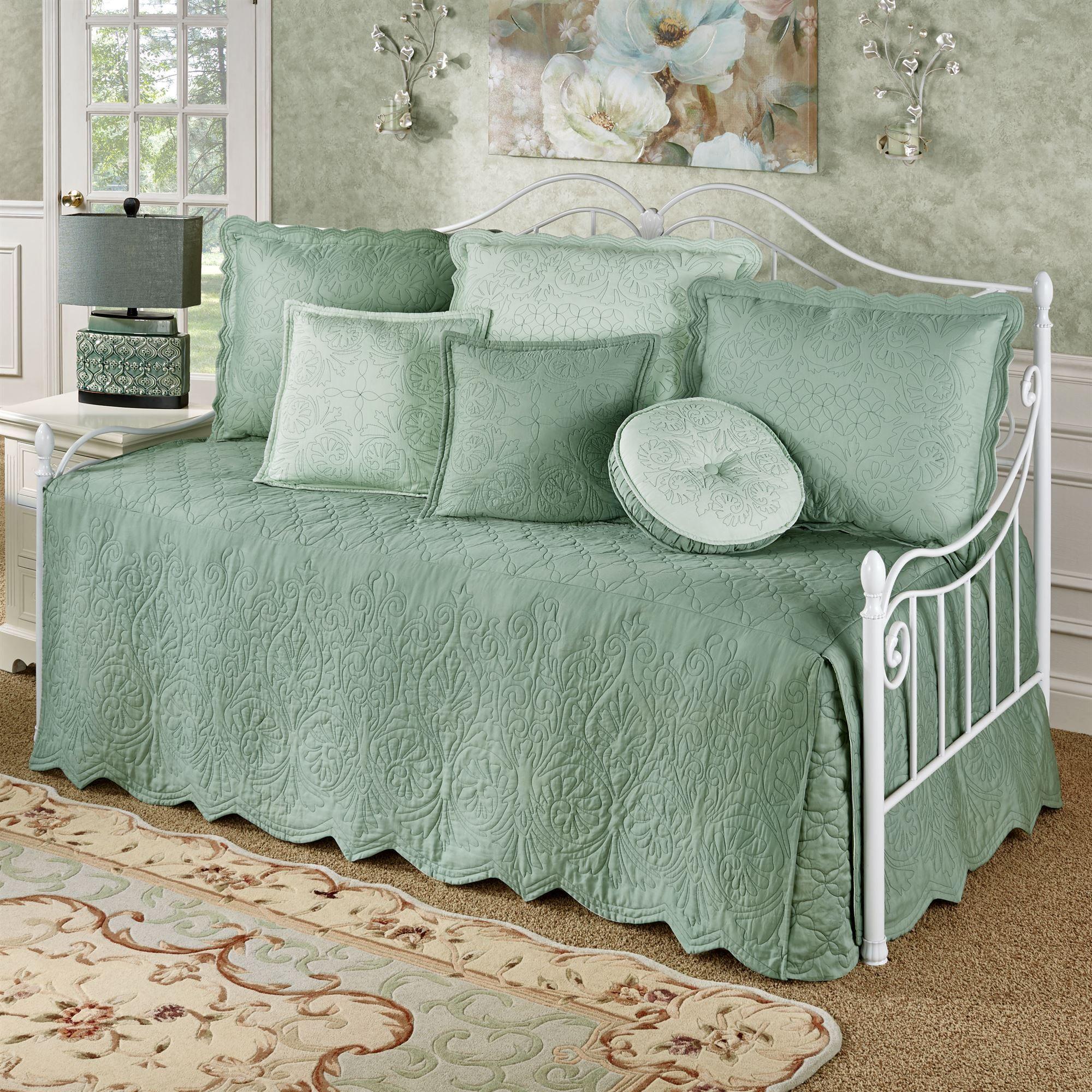 Target Daybed Bedding Sets