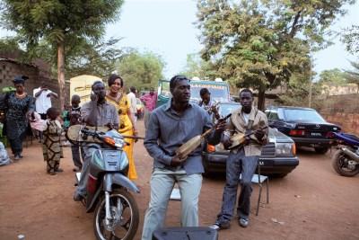 Bassekou Kouyate & Ngoni Ba2 - credits Thomas Dorn