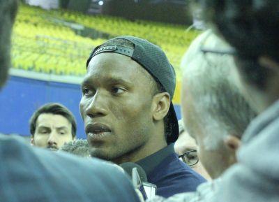 Didier-Drogba-Stade-Olympique-02
