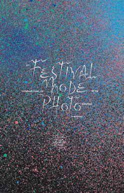 AFFICHE FESTIVAL INTERNATIONAL DE LA MODE ET DE LA PHOTOGRAPHIE