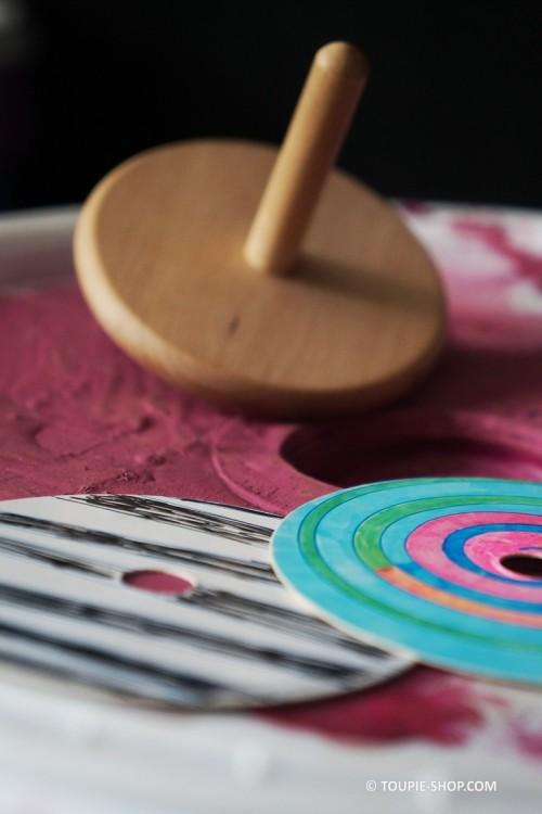 jeux de toupie a colorier jouet en bois pas cher
