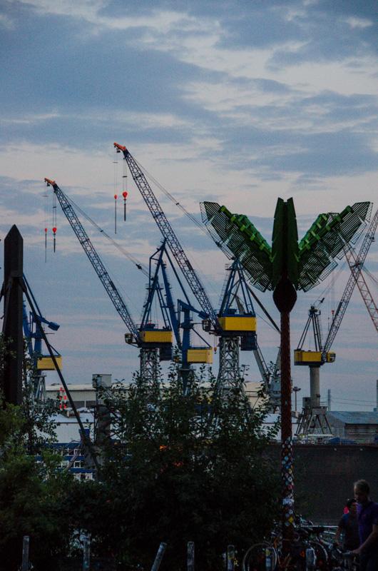 Palmen im Hafen
