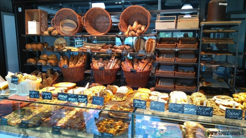 tour-corse-moto-boulangerie