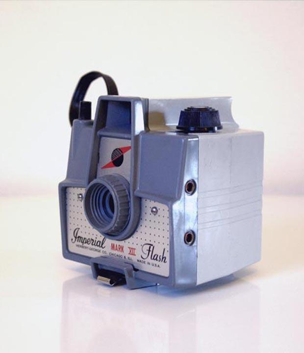 vintage Imperial Mark XII camera