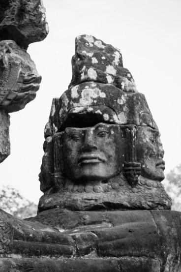 2019-03-14 - Statues Angkor Thom-1