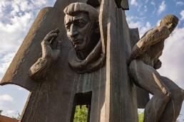 2019-06-18 - Statues-4