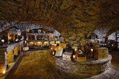500 Jahre alter Weinkeller
