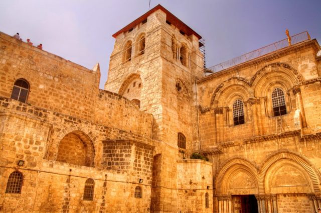 Christian Tours - Church of the Holy Sepulchre
