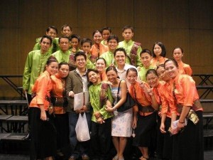 With the God's Heritage Chorale from Bulacan, the choir I handled back in 2006. Along with Sheen Sanchez, another Madz alumnus.