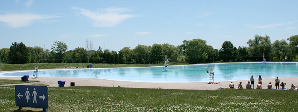 Outdoor Pool at Bronte Creek