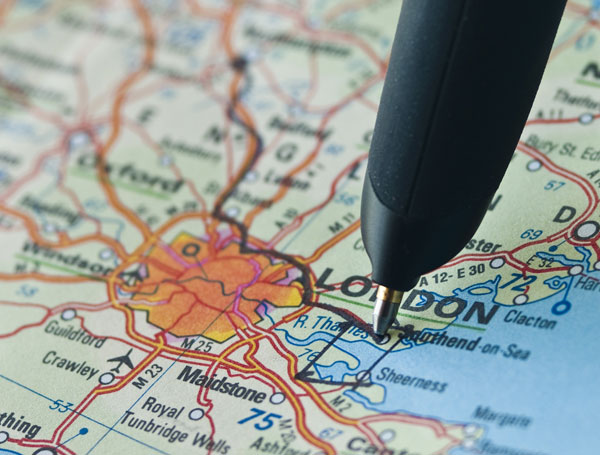 Close-up-Digital-Pen-on-Map