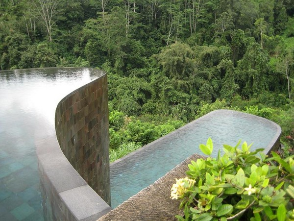 Infinity Pool Tourism on the Edge17