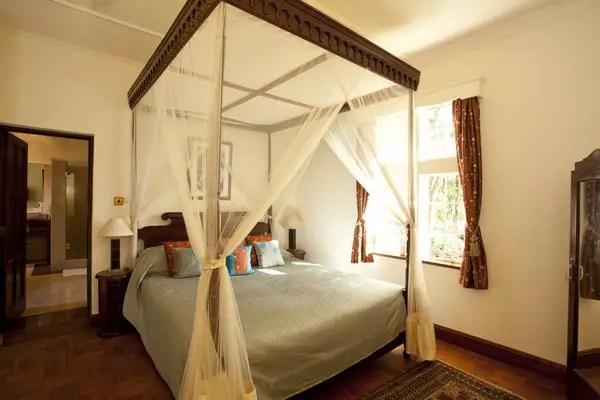 Giraffe Manor hotel bedroom