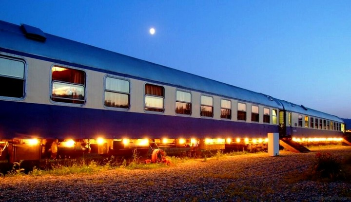 train hotel carpatia express (1)