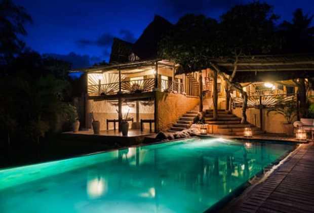 Alfajiri Beach Villa swimming pool