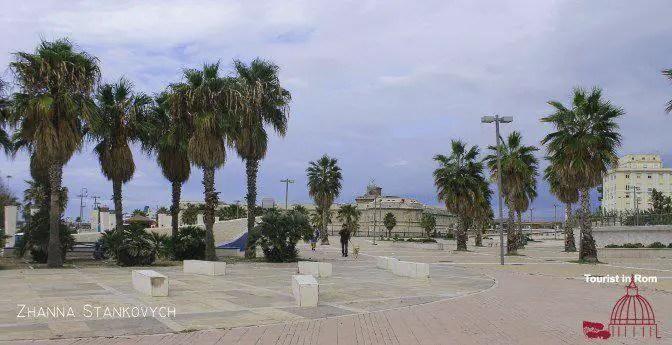 Civitavecchia Eingang zum Hafen Fort Michelangelo