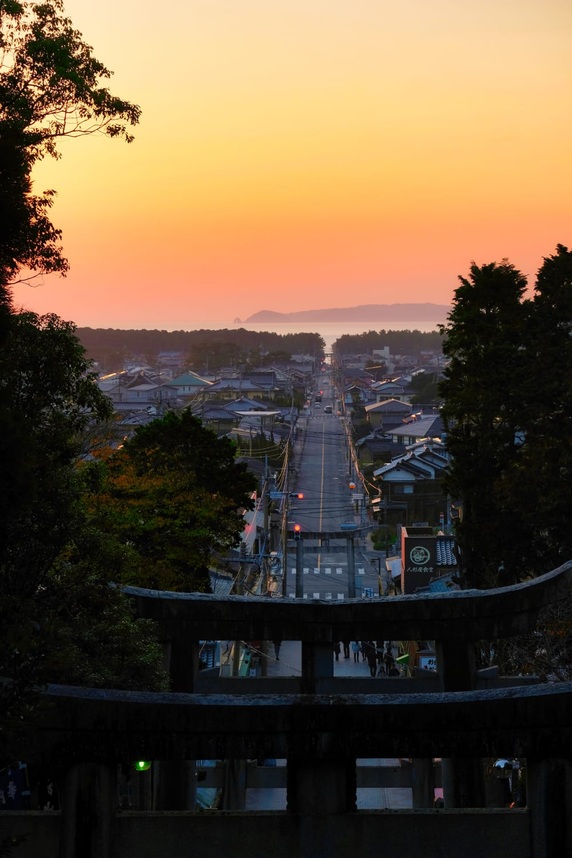 View from Miyajidake Shrine, Fukutsu. © Ivan Bielik.