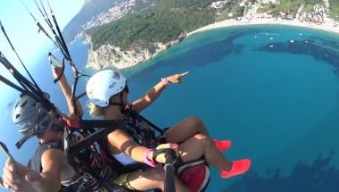 Here Paragliding flight in Montenegro