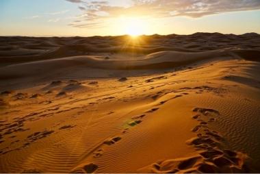 Sunrise in Deset Merzouga