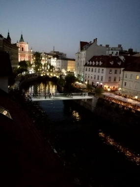 Sloveniaguides.si