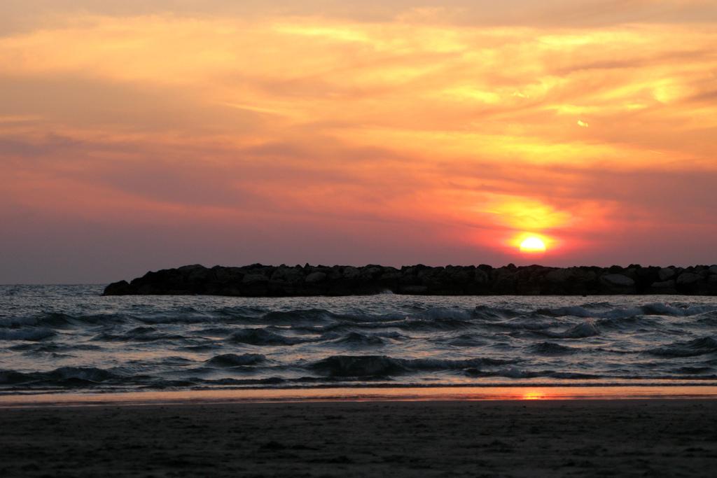 Tel Aviv beach at sunset! Image Megiddo, via Flickr