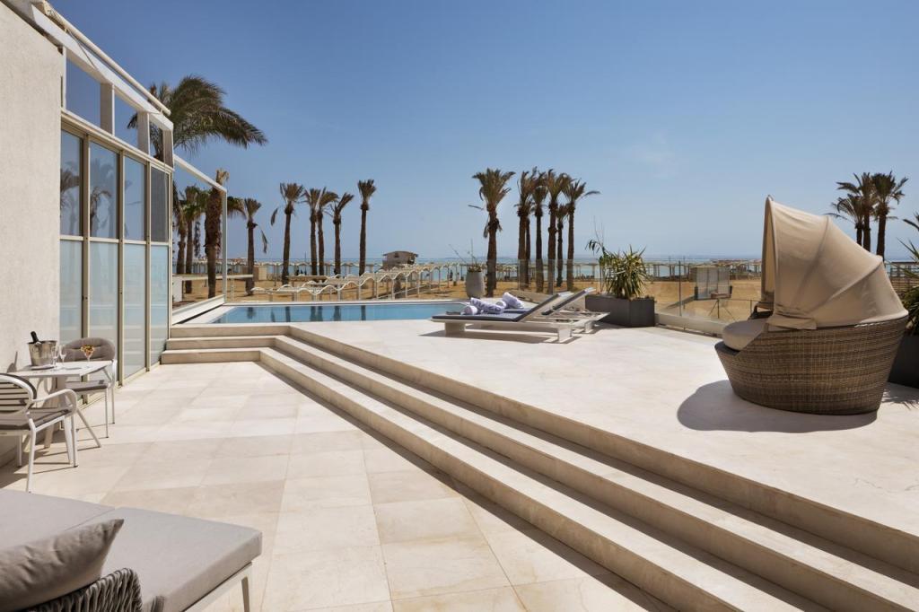 Relax Dead Sea Beach