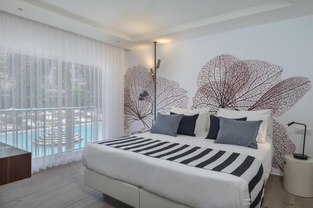 Contemporary hotel Israel