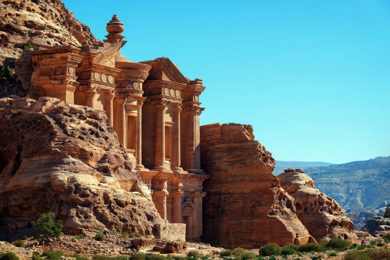 Petra Tour With Overnight In Aqaba – 1 Day