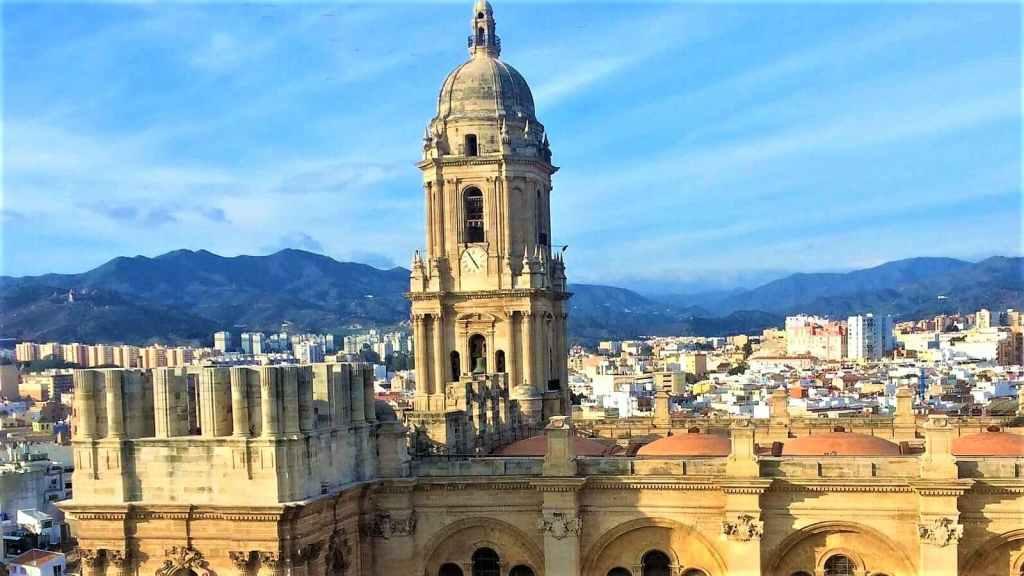 Malaga group walking tour