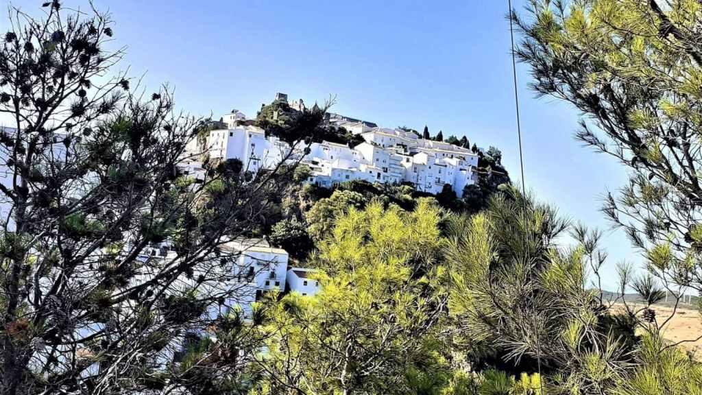 Excursión privada en Casares y Estepona con recogida