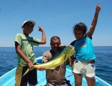 family-fishing-kids-loreto-bcs.jpg