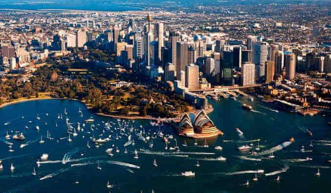 10 Best Places to Visit in Australia.Australia,visit Australia,Sydney,Adelaide,darwin,Hobart,Brisbane,Perth,Melbourne,Cairns,Alice Springs,Great Barrier Reef,