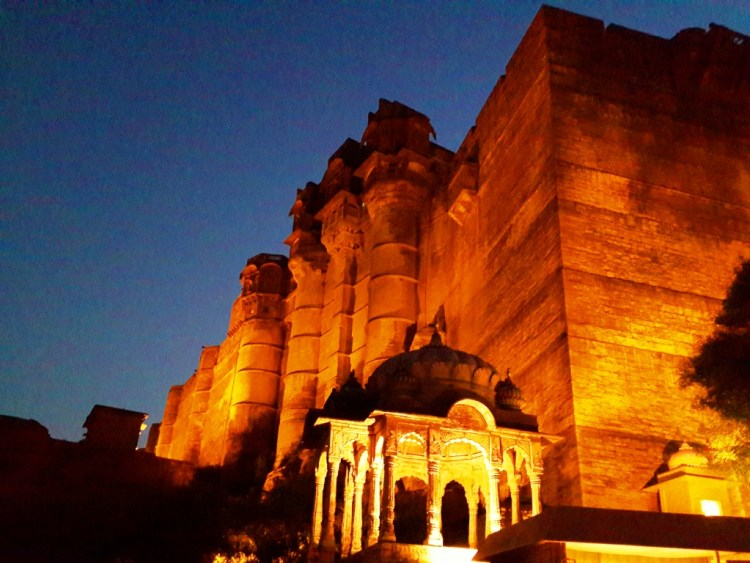 Mehrangad Fort in the evening!