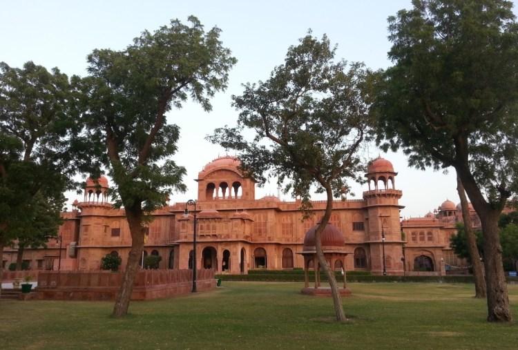 Lallgarh Palace - Bikaner