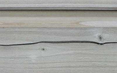 Seasonite limite le risque de fentes sur bois neuf