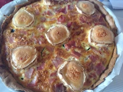 tarte courgettes jambon chèvre gratiné